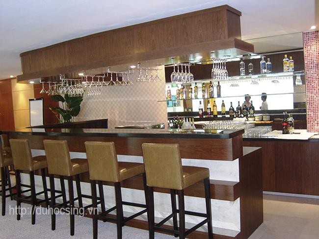 Một góc quầy bar nơi sinh viên sẽ thực tập của trường MDIS Singapore