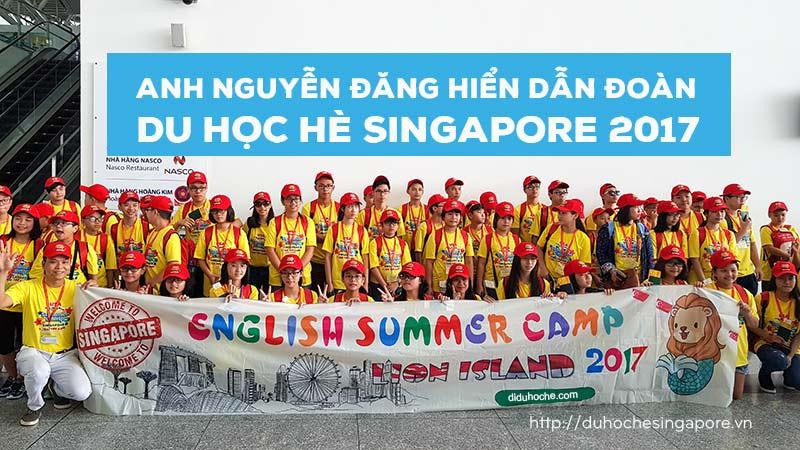 Anh Nguyễn Đăng Hiển (Giám đốc Eduzone bên trái hàng đầu) dẫn đoàn Du học hè Singapore 2017