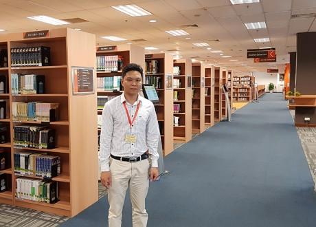 Giám đốc Eduzone thăm trường SIM Singapore
