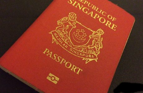 """Hộ chiếu Singapore """"quyền lực nhất thế giới"""""""