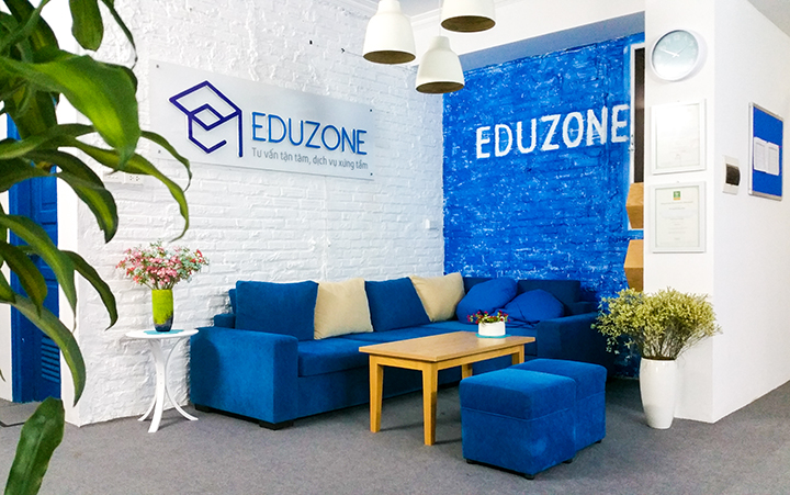 Một góc văn phòng Công ty du học Eduzone