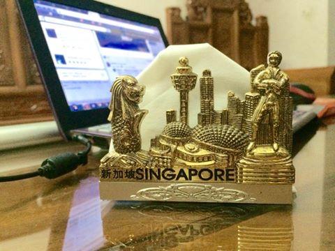 go-cua-singapore-nhung
