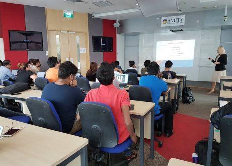 Học bổng Thạc sĩ Luật tại AMITY Singapore
